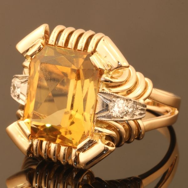 Retro bicolour gold diamond and citrine/heathed amethyst unisex ring - anno 1950