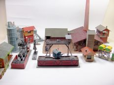Faller, Pola H0 - 952/B-154  - Scenery - Party industry buildings and Locomotive plants care