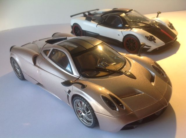 motor max - scale 1/18 - lot of 2 miniatures, pagani zonda c12