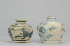 2 Ming Period Small Pot/Jarlet Flowers Qilin Design Porcelain Chinese - China - ca 1600