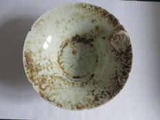 Light green Chinese celadon porcelain bowl with flower decoration  - 185 X 68 mm