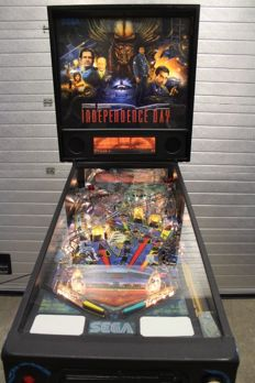 SEGA INDEPENDENCE DAY DotMatrix Pinball Machine