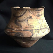 Neolithic ceramic jar depicting a Dogs - H. 155 mm, RRR