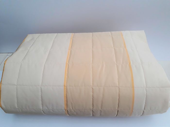 Milan 1990, Vintage new quilted double bedspread, 100% Percale and taffeta
