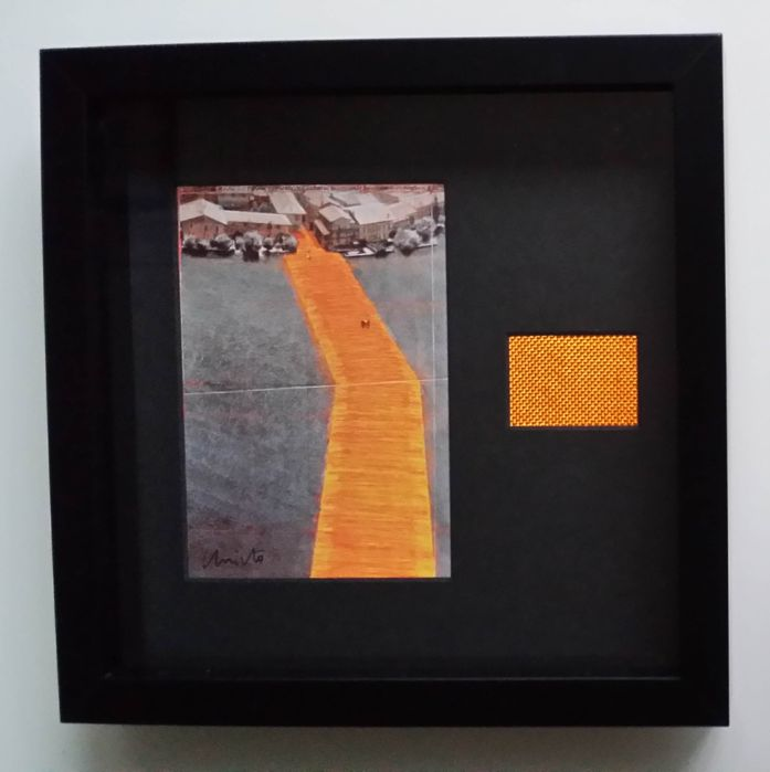 Christo - The Floating Piers collage, signed card and cloth - Catawiki