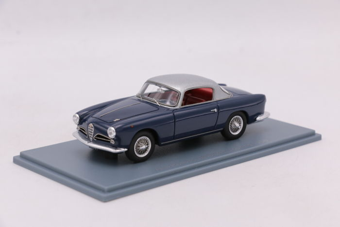 Neo Scale Models - Scale 1/43 - Alfa Romeo 1900 CSS - Touring - 1956