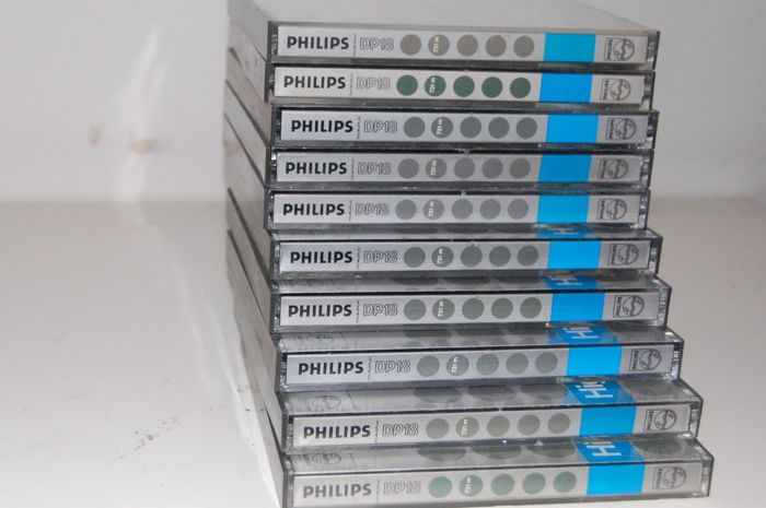 10x Philips 18 cm metallic tapes with tape