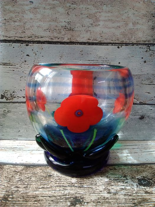 Caithness Glass, Collin Terris - large round poppy bowl
