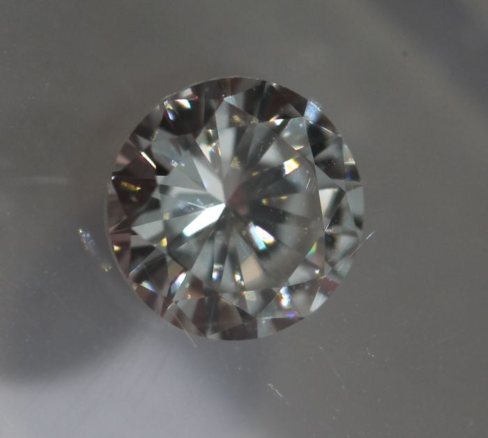 IGI Certified 0.39ct E VVS2 G/VG/VG None Brilliant cut natural diamond