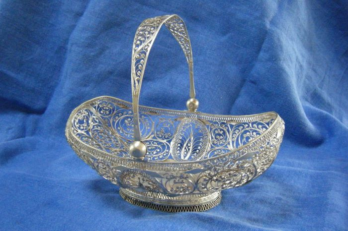 Silver filigree ornamental basket, Eastern Europe, 1840