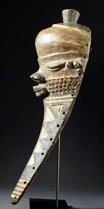 Mask - PENDE - Democratic Republic of the Congo