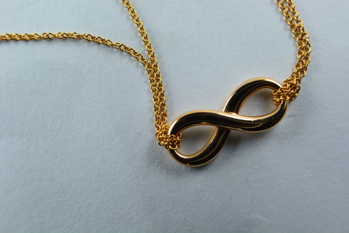 "Tiffany & Co. -""Infinity"" 18 kt rose gold necklace - On a chain of 40 cm"