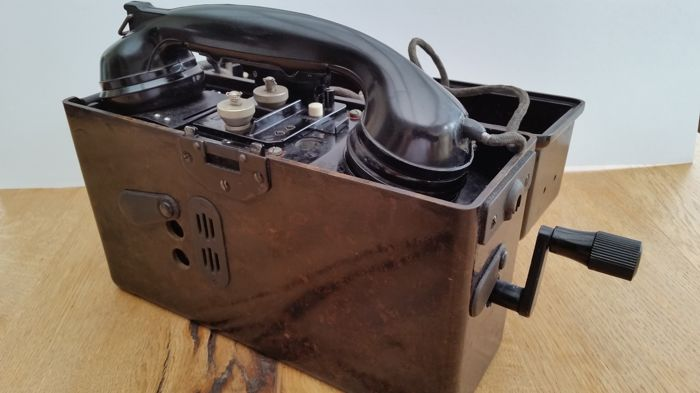 Second World War, Mixed Lot including Medals/Photo/Dpcument, German Wehrmacht Field Telephone from c. 1941,Original Third Reich