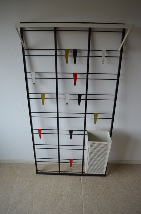 Coen de Vries by Pilastro - Staff or scale coat rack - Catawiki