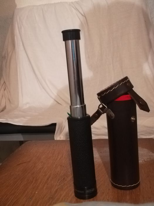 telescope SIZE 14 cm high folded and 38 cm retracted