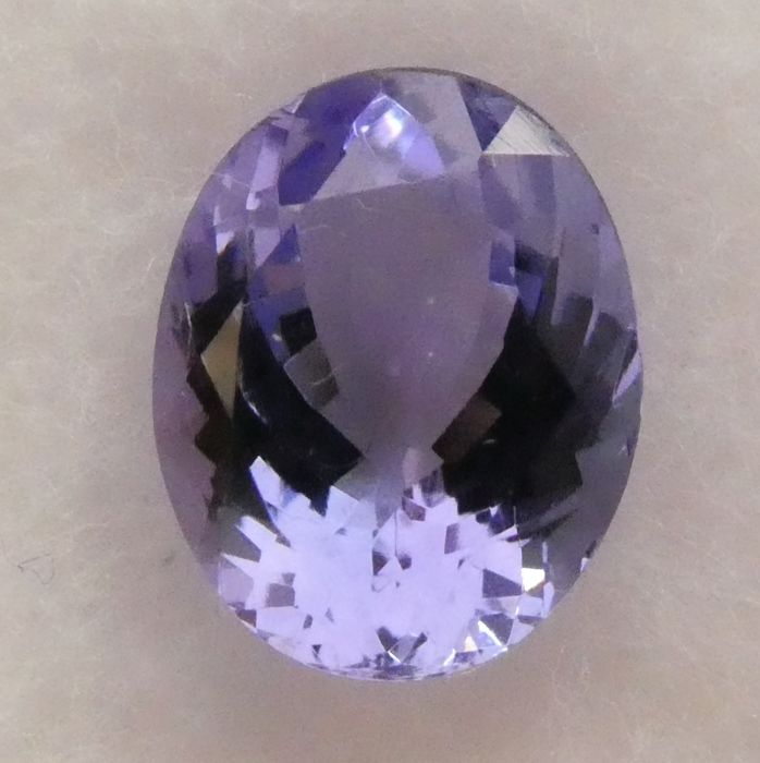 Tanzanite – 2.40 ct – No Reserve Price
