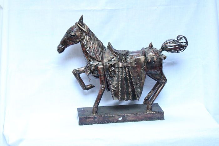 Large Handmade metal horse sculpture