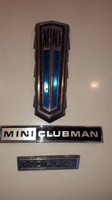 3 original emblems for Mini  Morris