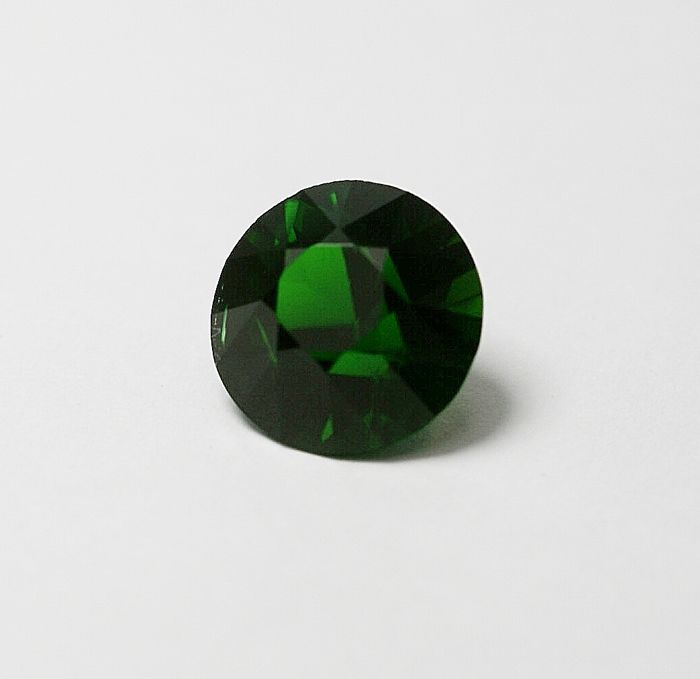 Chrome Diopside, green, 4.96 ct