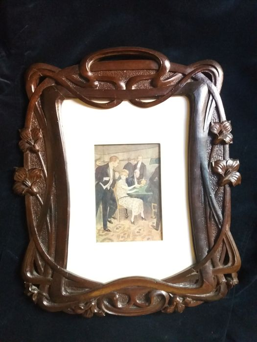 Carved wood Art Nouveau picture frame - Catawiki