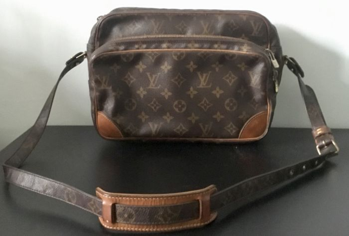Louis Vuitton - Nil Shoulder Bag - *No Minimum Price* - Vintage