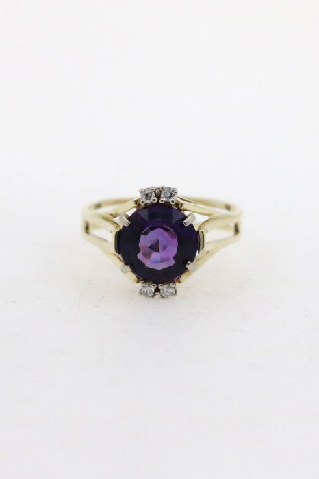 Vintage ladies' ring 585 yellow gold ring with amethyst - ring size 51