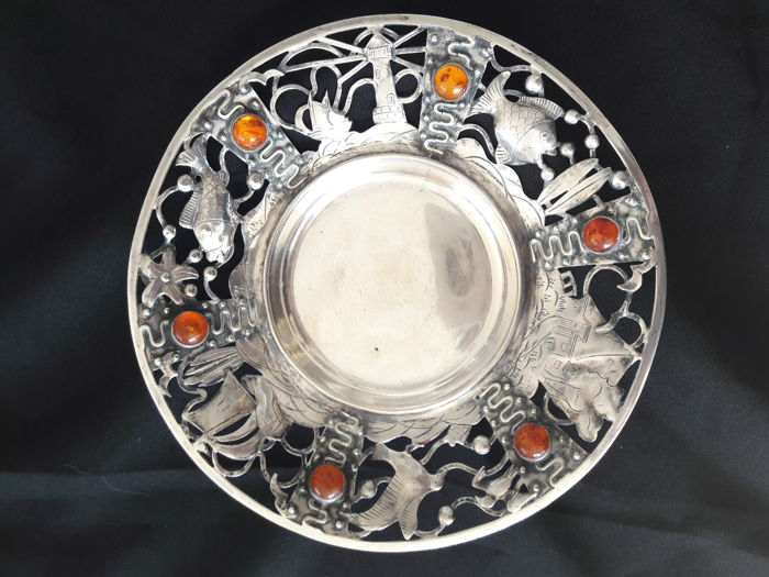 Georg Kramer / Ribnitz - silver bowl with amber cabochons - 835 silver - marked