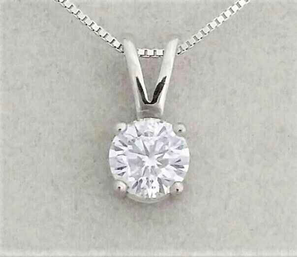 0.50 ct Round Diamond Pendant - D / SI1 - in 14 kt white gold + 14 K White Gold Chain.