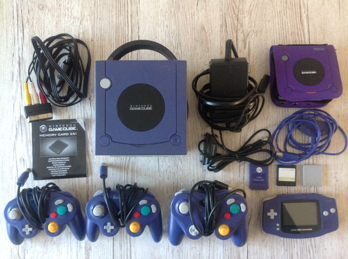 Gamecube With 3 Controllers Gameboy Advance All Cables