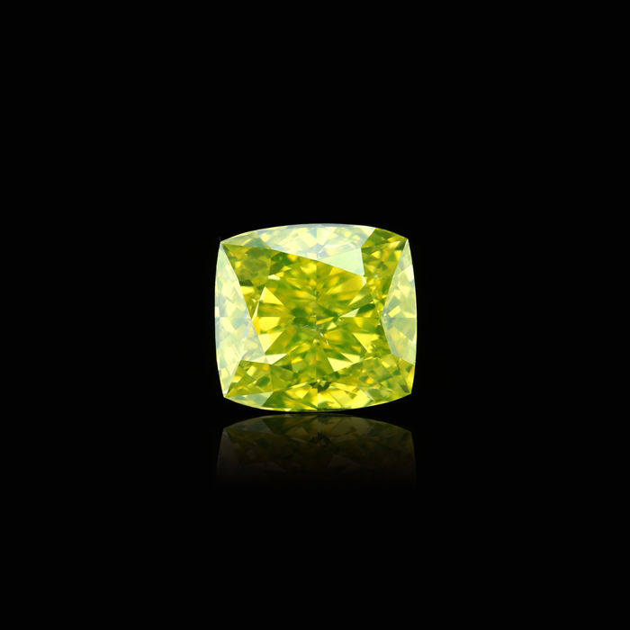 Natural Fancy Vivid greenish Yellow 1.21 ct. VS2 Cushion shape Diamond GIA