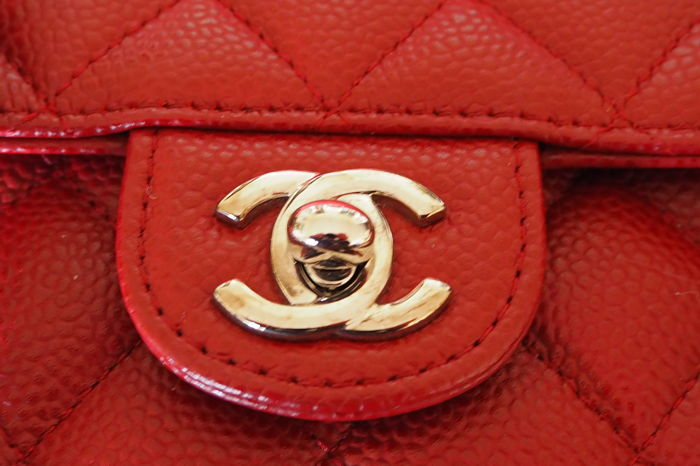 a103b1665650 Chanel - Red Quilted Caviar Leather Classic Mini Flap Shoulder bag ...
