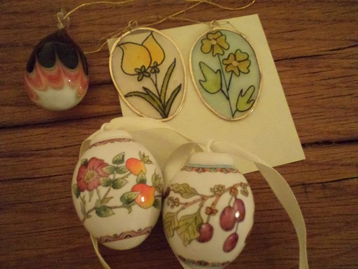 Hutschenreuther porcelaine & Murano glass Easter Eggs
