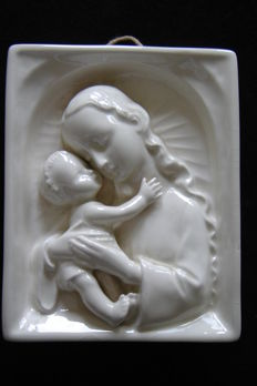 M. J. Hummel Goebel frame cream-coloured faience Madonna with baby and holy water font with 2 angels, Germany