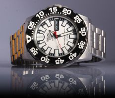 Seiko - 5 Sports `Monster´ Automatic  Day Date 23Jewels - 7S36-03D0-A0 - Heren - 1980-1989