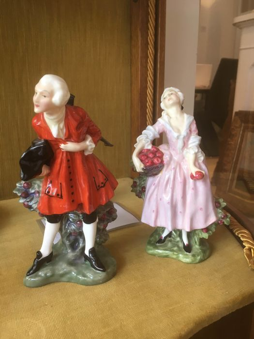 2 Royal Doulton sculptures - Masquerade - HN599 & HN600
