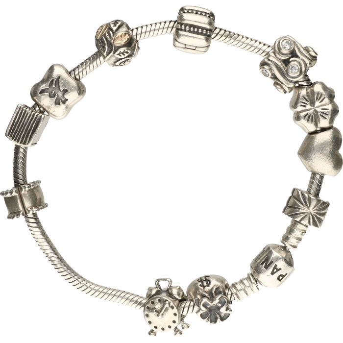 925/1000 Silver Pandora bracelet with various charms, of which 1 charm has gold details - length: 19.5 cm