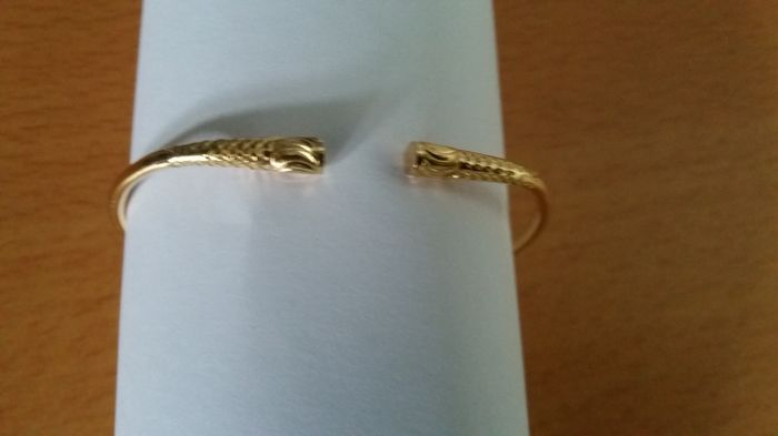 18 kt yellow gold bracelet.