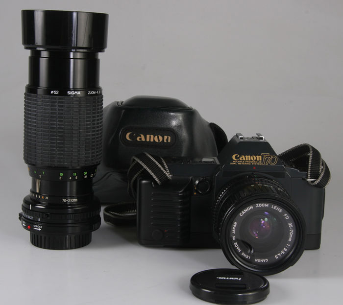 Canon T70 with FD 35-70 and Sigma 70-210 + ever-ready bag