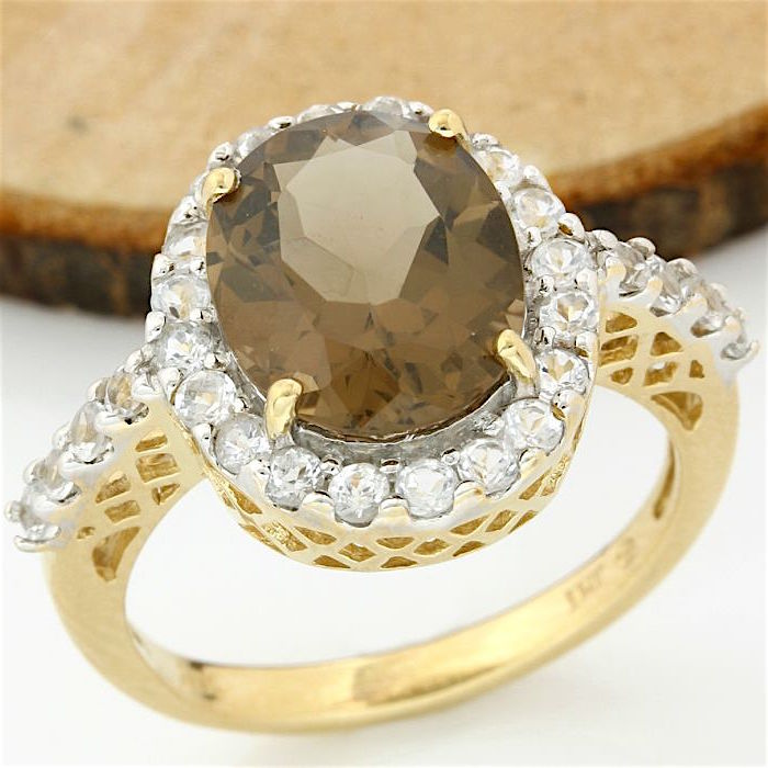 No Reserve Price - 14 kt Yellow Gold 7.75 ct Smoky Quartz, 1.25 ct White Topaz Ring; Size: 7