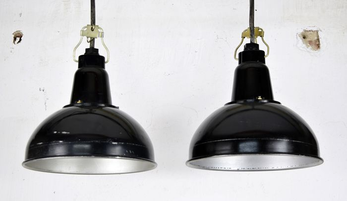 Unknown designer - industrial bakelite lamps (2x)