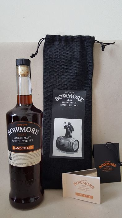 Bowmore 2017 Hand-filled at the distillery  17years old - first fill sherry puncheon distillery exclusive