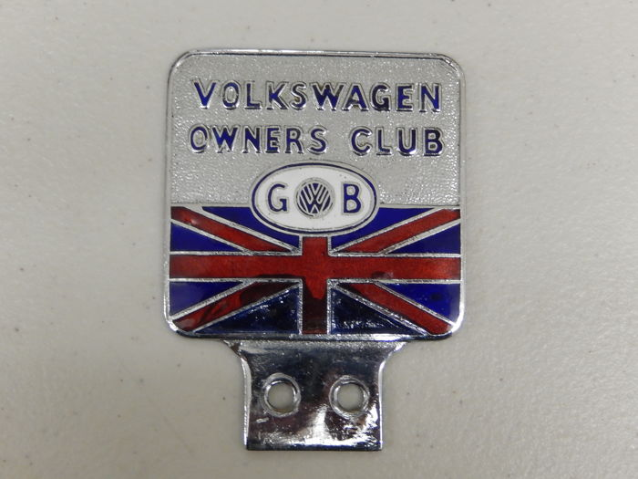 Rare Unusual Original Volkswagen Owners Club GB Enamel and Chrome Car Badge Auto Emblem