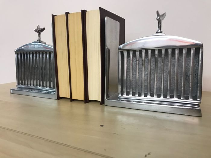 PAIR OF BOOKENDS shaped like a vintage RADIATOR
