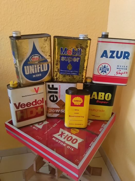 Rare lot of vintage oil jerrycans 20th century, France
