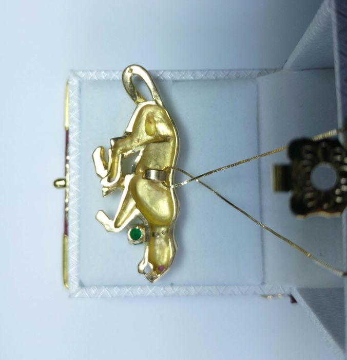 Pendant in gold with emerald, diamonds and ruby, French