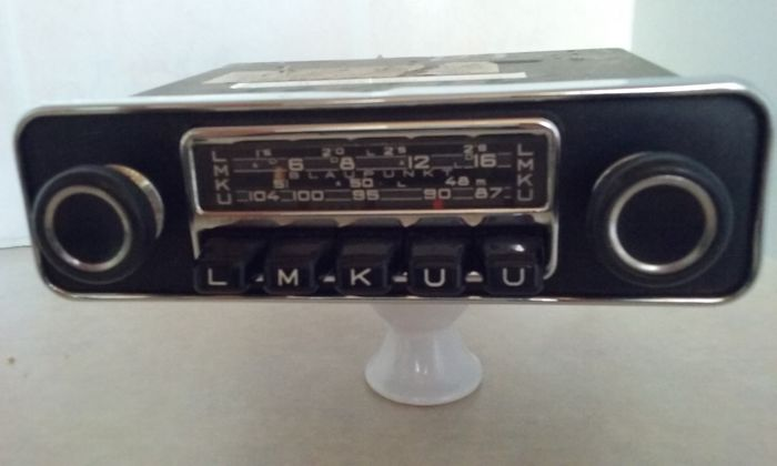 classic car radio blaupunkt frankfurt s 481251 catawiki. Black Bedroom Furniture Sets. Home Design Ideas