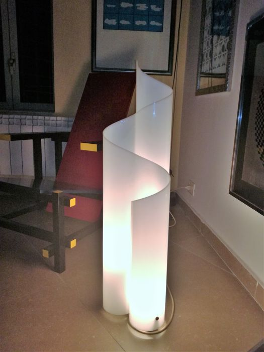Vico Magistretti for Artemide - 'Mezzachimera' table/floor lamp