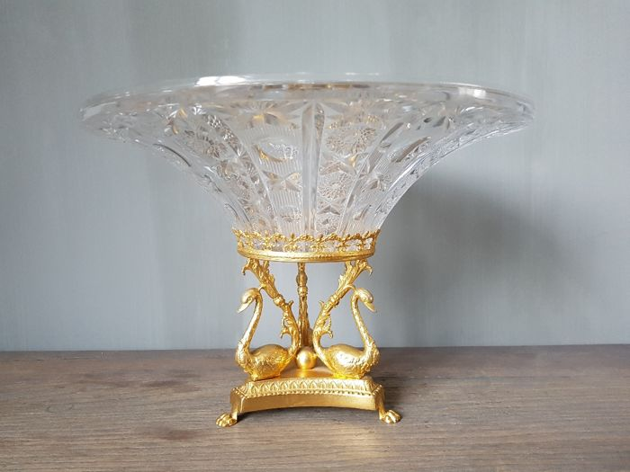 Large polished crystal bowl on bronze foot with swans - France - 20th century