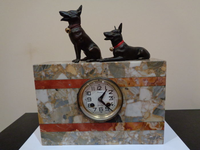 Antique table clock with sculptures of German Shepherd dogs - 1900 Paris Medaille d'or  F. Martin - French Style