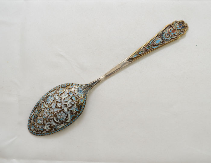 Serving spoon - 84 silver - enamel - filigree - Russia - early 20th century